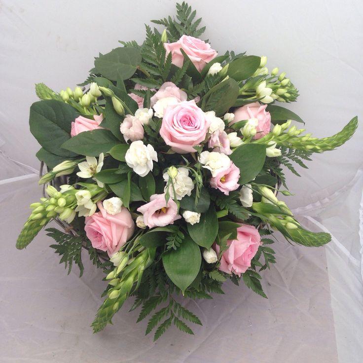 Late spring arrangement