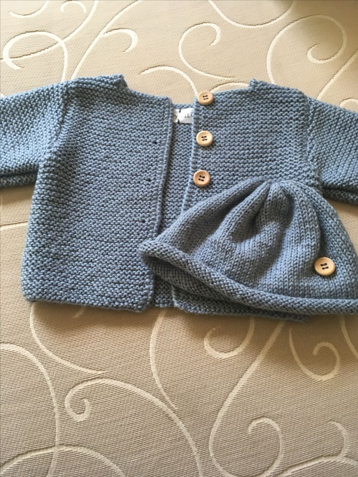 Size 0 to 3 months old, grey colour , soft 100% Australian wool