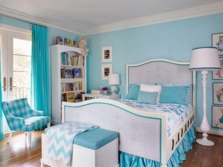 bedroom for teenage girl with light blue design