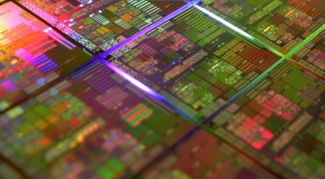 Intel confirms 10nm delayed to 2017, will introduce 'Kaby Lake' at 14nm to fill gap