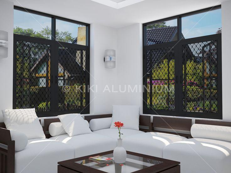 Jendela Expanda dengan panel amplimesh expanda & kawat nyamuk; Finishing profil aluminium Anodized Black
