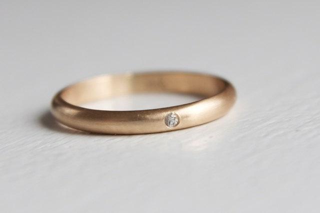 White Sapphire ring: Everyday Rings, White Sapphire Rings, Weddings Rings, Simple Rings, Sapphire Wedding Rings, Pretty Weddings, Right Hand Rings, Engagement Rings