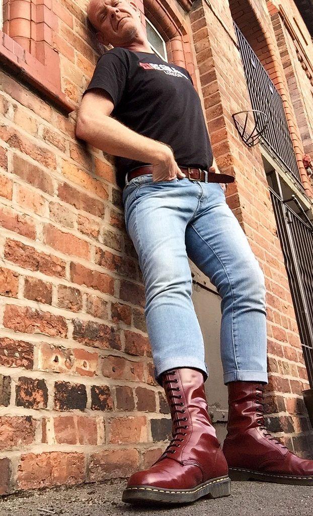 Best Jeans For Tall Men