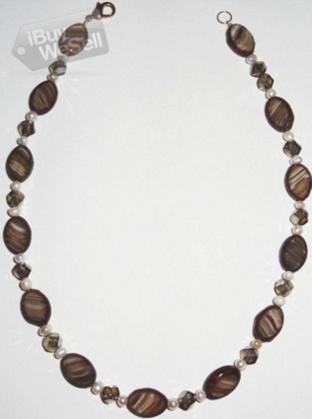 Jag säljer vackra handgjorda halsband, stor gåva för alla hjärtans dag för henne.  #GratisAnnonsering #iBuyWeSell