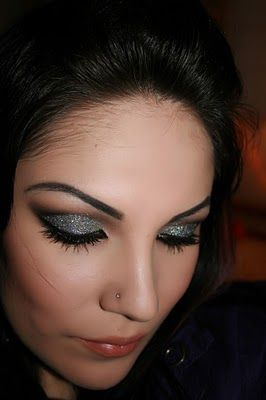 "Make-up Artist Me!: ""STARS ON YOUR EYES"" Make-up Tutorial: Makeup Hair Nails, Eye Makeup, Hair Makeup Nails, Make Up Artists, Glitter Makeup, Make Up Tutorials, Eye Make Up, Eye Tutorials, Makeup Makeupartistri"