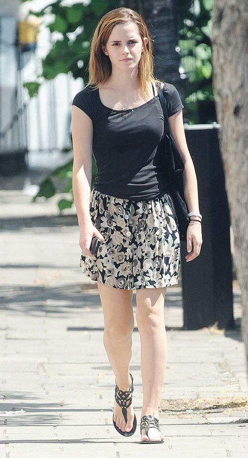 273 Best Emma Watson Candids 39 Style Images On Pinterest Emma Watson Style Et Peuple