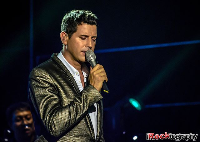 Sen in Manila. @ildivo_official @divodavidmiller @sebdivo @carlosmarinildivo @ildivours #ursbuhler #davidmiller #carlosmarin#sebastienizambard #ildivo #il_divo#baritono #baritone #singer #opera#operaticpop #operapop #popopera#poplirico #tenor #tenores #music#operatic #instamusic #ildivo_official#ildivoamorypasion #ildivoamorpasion