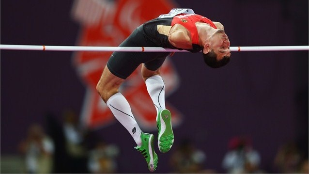 Reinhold Boetzel of Germany competes