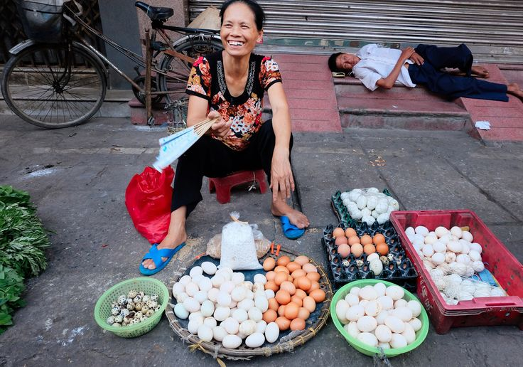 Vietnam Street Market - Food Market - Josie Nicole Photography