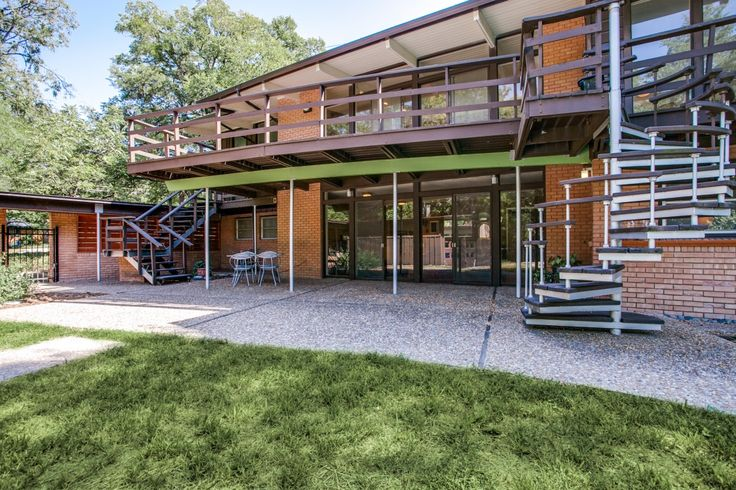 141 best mid century modern homes images on pinterest for Mid century modern homes dallas