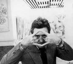 El artista de la semana en la exposición: El Ojo Surrealista ROBERTO MATTA (ROBERTO SEBASTIÁN ANTONIO MATTA ECHAURREN (SANTIAGO DE CHILE, 1911 – ROMA, 2002) Pintor y arquitecto chileno. Sus cuadros abstractos con elementos de automatismo psicológico ejercen gran influencia en el expresionismo abstracto.