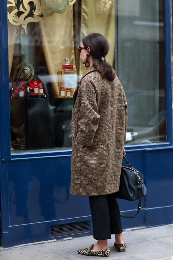 I'm on the look out for a coat like this. I know it's coming up to summer, but it's wet, cold and I've gone back to 'as many warm layers as I can' mode