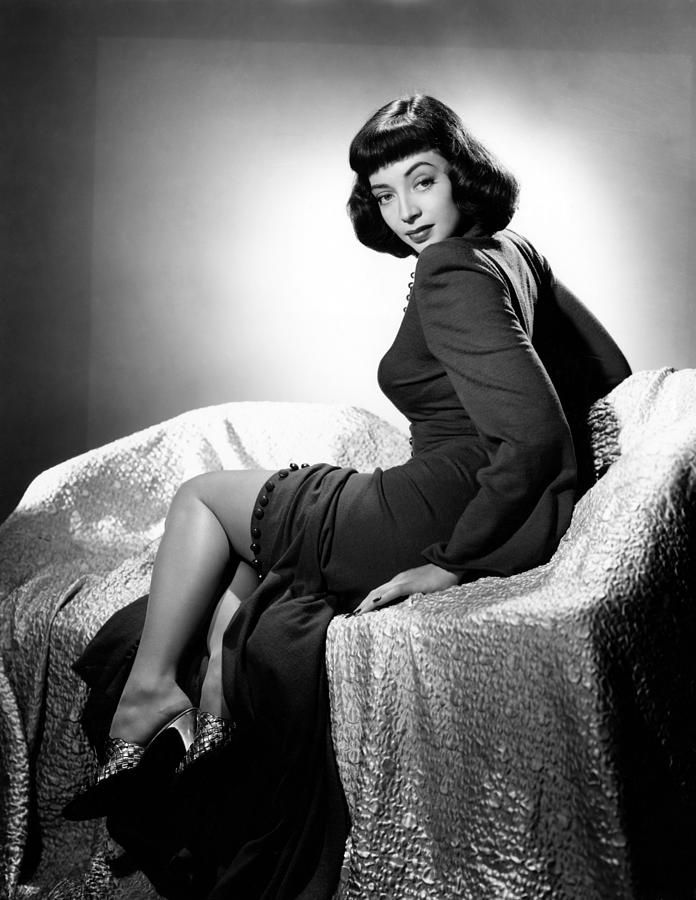 Marie Windsor - Cat-Women of the Moon (1953) / Swamp Women (1956) - Abbot & Costello meet The Mummy (1955)