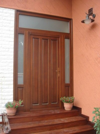 Fa bejárati ajtók - www.nyilo-buko.hu