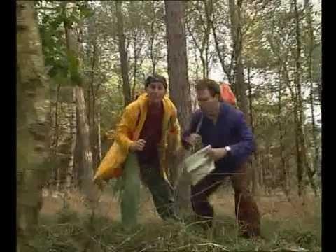 Ernst Bobbie en de rest - Op de camping - De speurtocht (NL)