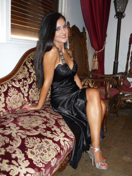 Qatar Beautiful Belly Dancer-1326