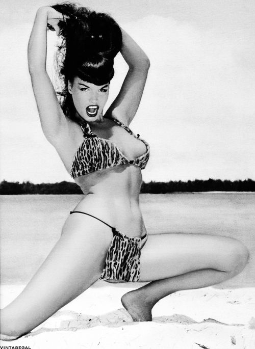 Vintagegal Bettie Page Photographed By Bunny Yeager 1954