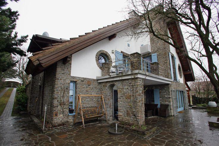 A Traditional Hungarian Home Overlooking Lake Balaton - Slide Show - NYTimes.com