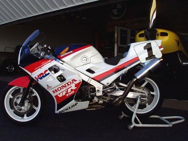 Les 126 Meilleures Images Du Tableau Bikes Wallpaper Sur: Les 109 Meilleures Images Du Tableau Vfr750 RC24 Race