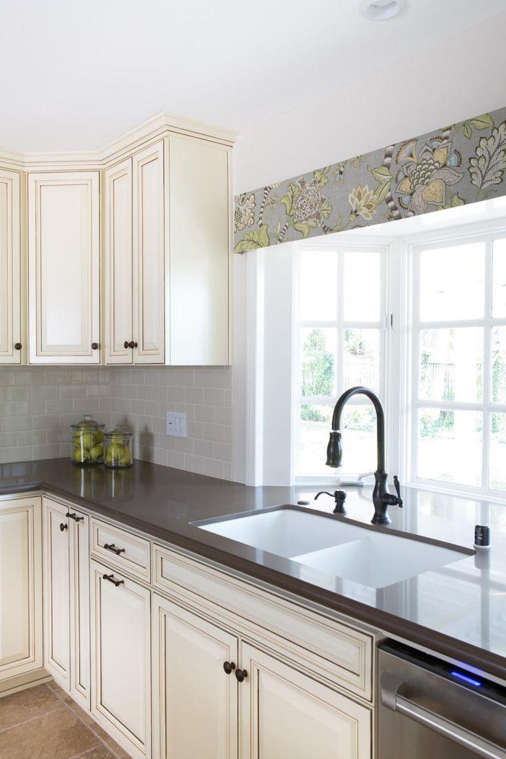 kitchen  bay window images  pinterest  house beautiful kitchen  home ideas