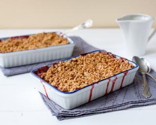 Crumble amande et framboise : http://www.fourchette-et-bikini.fr/recettes/recettes-minceur/crumble-amande-et-framboise.html