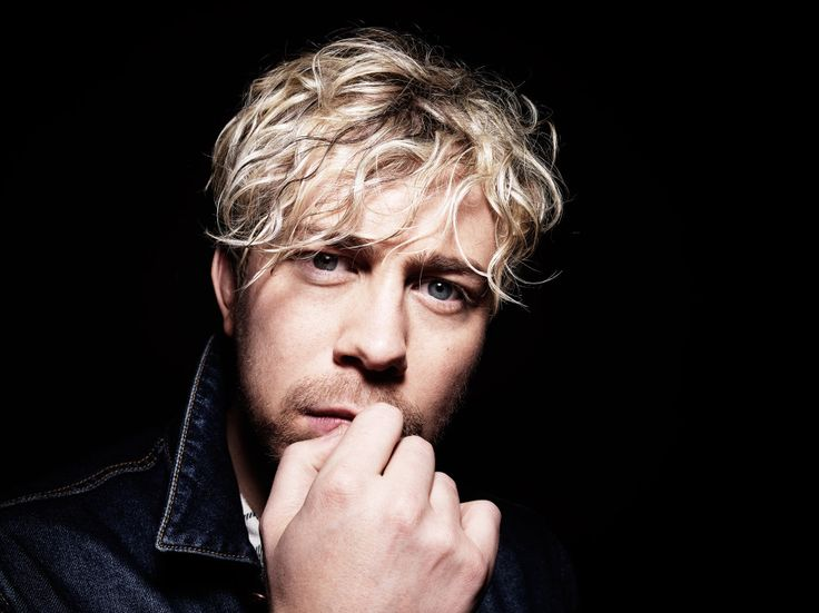 James Bourne, Busted