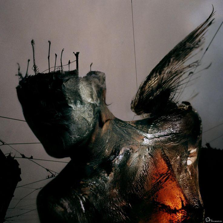 http://www.openart.com/uploads/images/obras/large/dave_mckean_king_of_staffs2.jpg