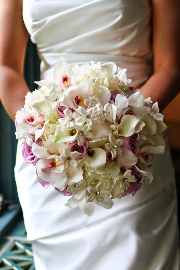 Wedding bridal bouquets http://weddingflowersideas.blogspot.com/2014/05/wedding-bridal-bouquets.html
