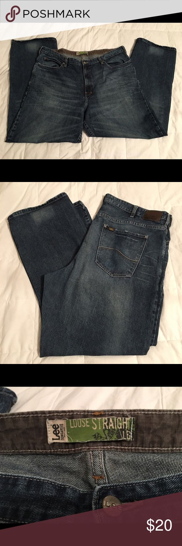 Men's 42 x 32 Lee dungarees jeans dark wash Excellent condition Men's 42x32 jeans. Loose fit straight leg Lee Jeans Straight