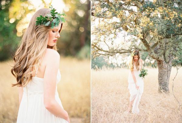 How to Dress for a Hippie Wedding - Ideas for Brides & Grooms #bride #groom #wedding #chic #boho #dress #fashion