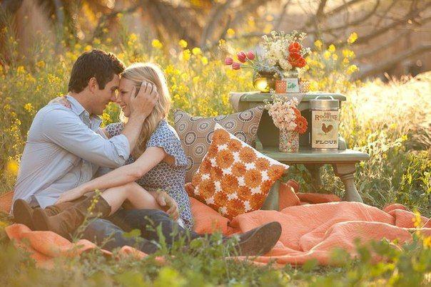 Maternity picnic?