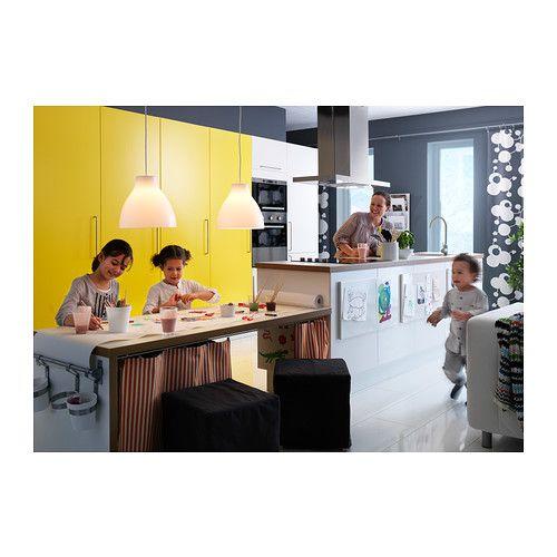 MELODI Suspension IKEA Offre une lumière dirigée ; parfait pour éclairer les tables à manger ou les plateaux de bar.