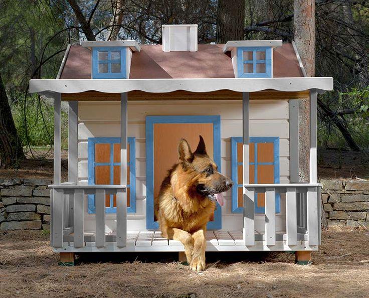 caseta para perros aislada con terraza cubierta baqueira isolated dog house with covered terrace baqueira