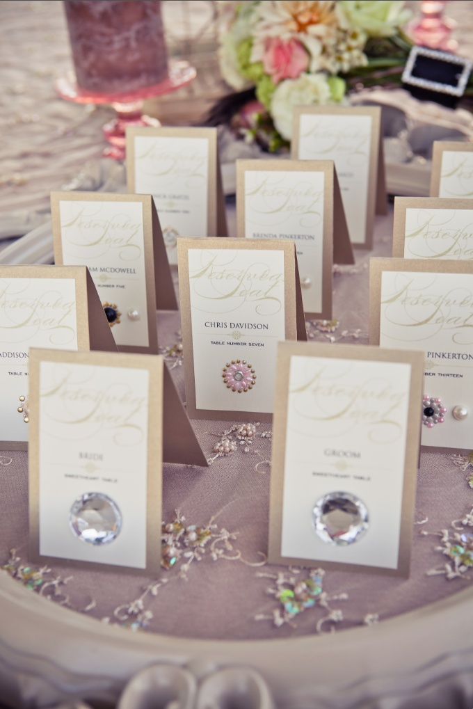 printable wedding place cards vintage%0A Wedding escort cards with glam