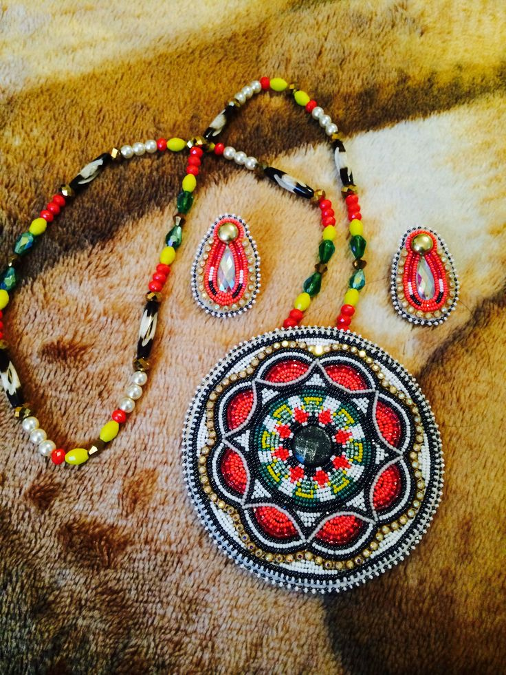 310 best images about beaded medallions on pinterest for Native design