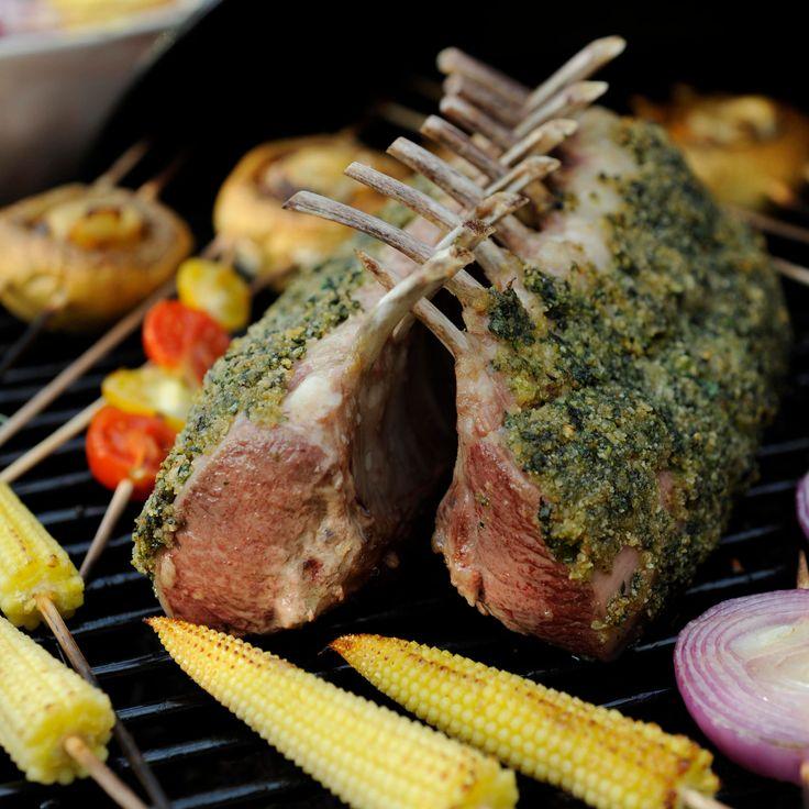 Découvrez la recette du carré d'agneau rôti à la coriandre
