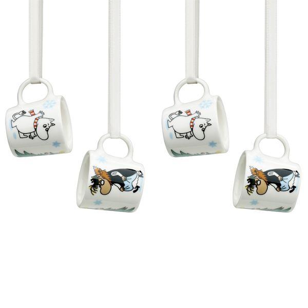"Seasonal Moomin ""Under the tree"" mini mugs."