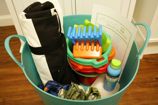 Perfect tips on organizing all things for the beach trip / pool trip