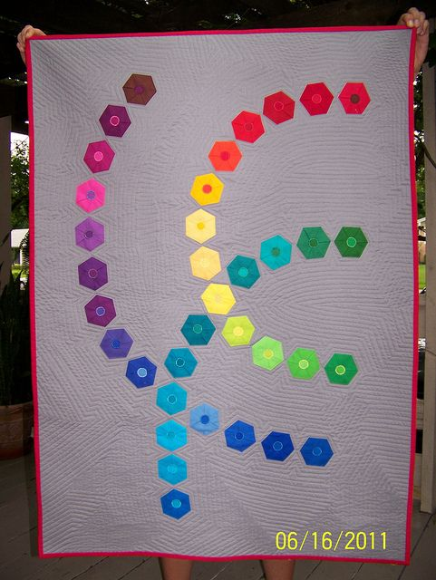 Shattered Wheel by Wanetha of the St. Louis Modern Quilt Guild. 2nd Place in Guild's Robert Kaufman Solids Challenge 2011.