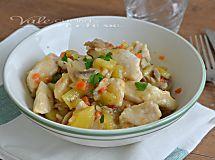Bocconcini di petto di pollo e pancetta, un secondo piatto facile ed appetitoso, si prepara in pochi minuti.