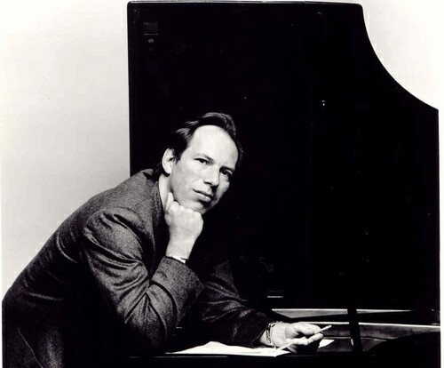Hans Zimmer is my idol, his music is my life!