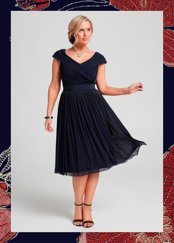 A Dolce Kiss Dress #takingshape #plussize #curvy #eventwear #event #specialevent