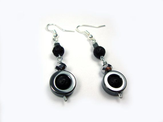 FREE SHIPPING Santorini Natural Black Volcanic 6 & 10 mm - Hematite Beads - Crystal Dangle Earrings on Etsy, 19,00€