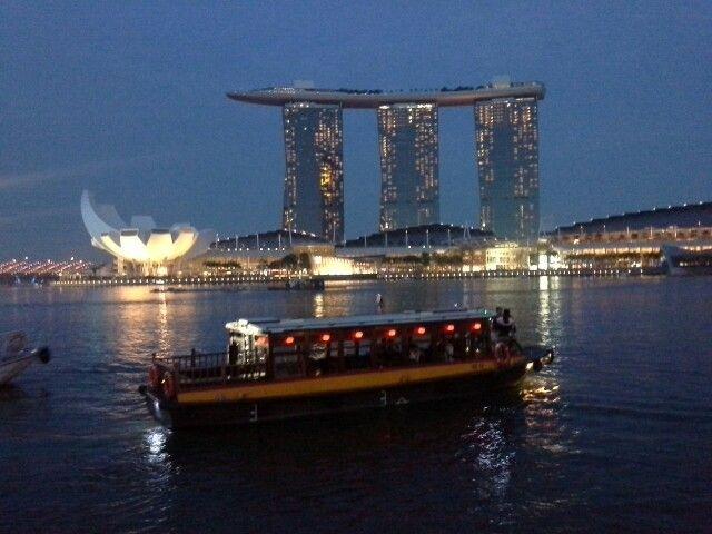 nightfall scenery of Singapore