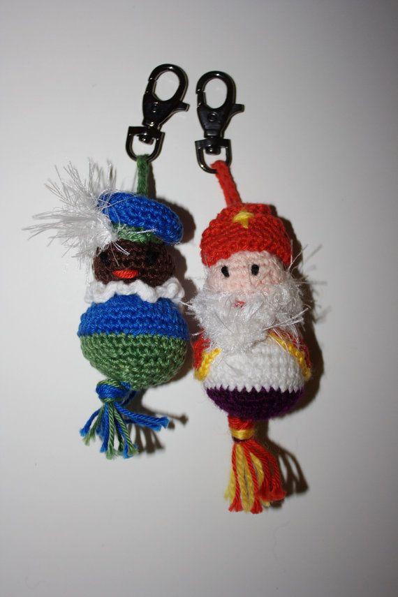 Sinterklaas sleutelhanger hanger gehaakt gelukspopje door MijnPopje