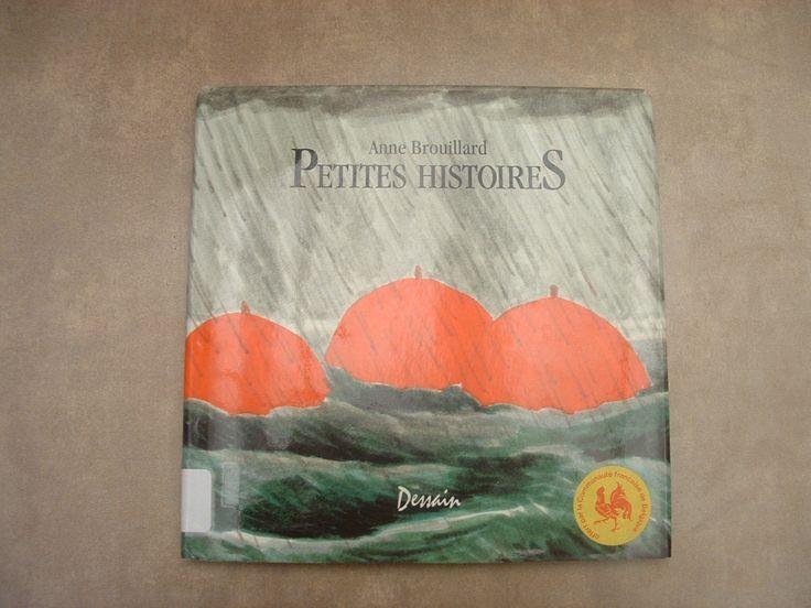CPRPS 31997000835272 Petites Histoires. Livre avec trois petites histoires avec nombreuses illustrations en couleurs.  1. Des hauts et des bas 2. Temps de chien 3. Vert de peur