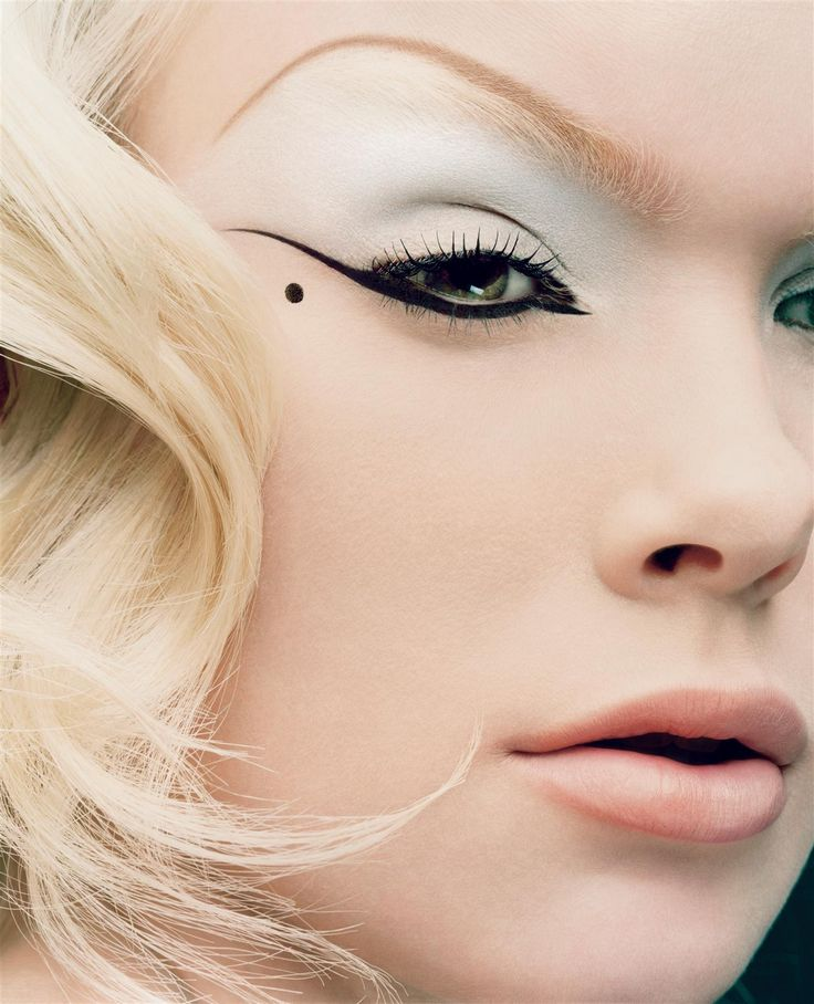 One of my favorite eyeliner shots... Makeup by Val Garland / Photo by Solve Sundsbo