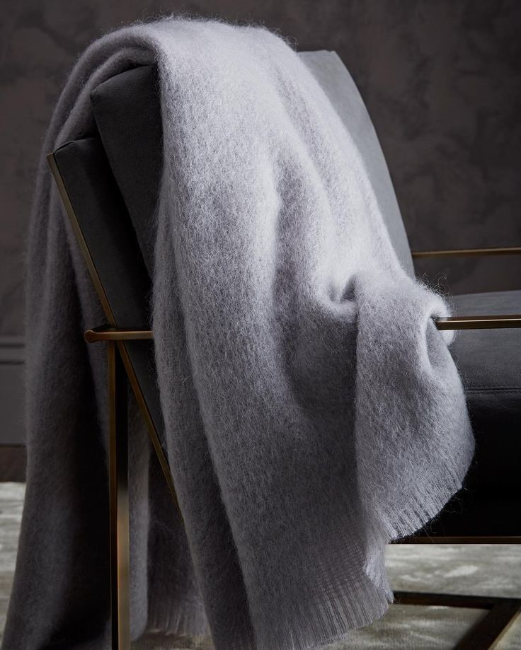 Look to ultra-soft throws