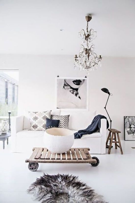 10 Minimalist Living Rooms to Make You Swoon