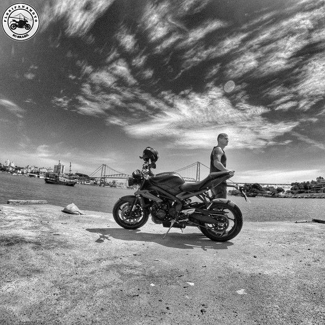 #instamotogallery #bikersofinstagram #bike4life  #bikelifemylife #fullmotosbrasil  #igersflorianopolis #mototerapy #bikeride #igersbrasil #mototerapia #santacatarinabr  #pix_mania #triumphmotorcycles  #triumphbr  #igers_floripa  #killswitchbikes  #bikelove #floripa #realriders #triumphbr #igersflorianopolis #icu_brazil #triumph_uk #goprouniverse #arte_of_nature #minhapontehercilioluz  #goprooftheday  #teamtriumph  #bluesky #braziliangallery